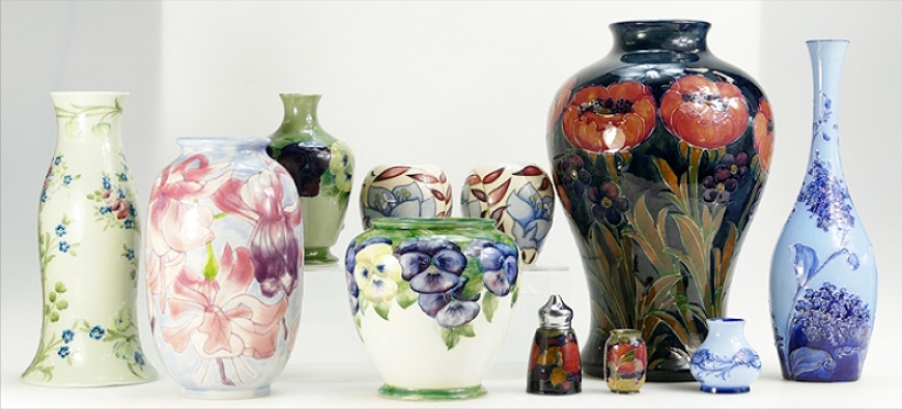 Staffordshire Pottery and Porcelain For Auction